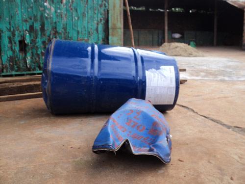 Hà Nội: Điều tra vụ thùng phuy phát nổ làm cháu bé 13 tuổi tử vong