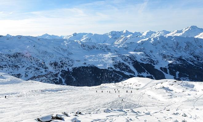 Thảm họa tồi tệ nhất năm trên dãy Alps: 7 người chết vùi trong tuyết