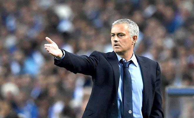 Mourinho nên học đội nữ Chelsea