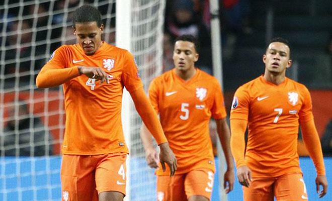 5 TỘI ĐỒ khiến Hà Lan lỡ hẹn EURO 2016: Guus Hiddink, Van Persie, Danny Blind... và ai nữa?