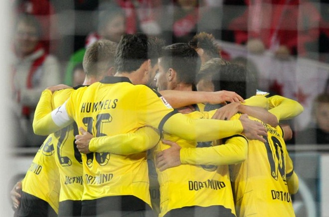 CẬP NHẬT tin sáng 17/10: Dortmund thắng trở lại. Mourinho: 'Chelsea sẽ không sa thải tôi'