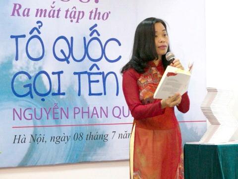 Nhà thơ Nguyễn Phan Quế Mai bất ngờ rút ý định khởi kiện vụ tố 'đạo thơ'