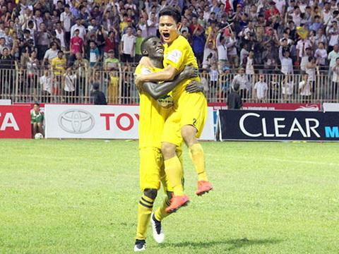 FLC Thanh Hóa săn 'sao' chinh phục ngôi vô địch V-League 2016
