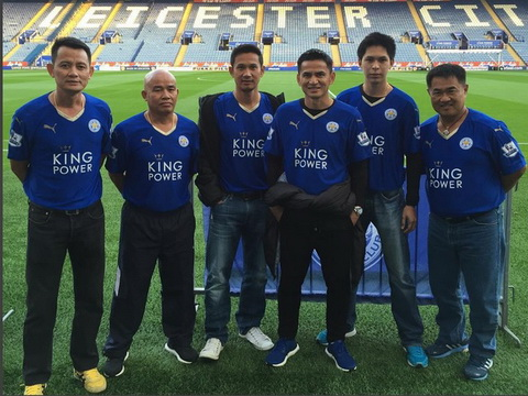 Zico Thái dự khán trận Leicester City – Crystal Palace mang bí kíp về cho tuyển Thái Lan