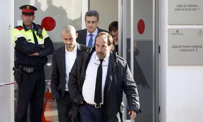 CẬP NHẬT tin tối 29/10: Mourinho bị báo Pháp coi là là 'nỗi hổ thẹn'. Mascherano thừa nhận trốn thuế 1,5 triệu euro