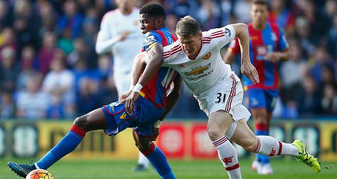 Yohan Cabaye: 'Man United chỉ biết chuyền đi chuyền lại'