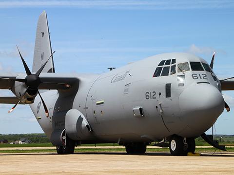 Mỹ, Canada sẽ điều máy bay C-130 giám sát không phận Nga