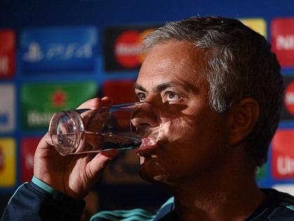 Jose Mourinho: 'Tôi biết rồi sẽ có ngày khốn khổ như thế này'. 'Tôi chẳng cần học HLV khác'