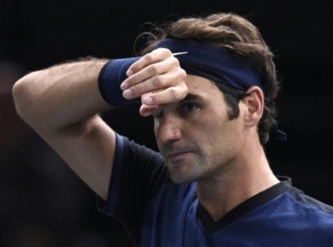 Federer thua sốc Isner: 'Không sao, tôi có thời gian để nghỉ ngơi'