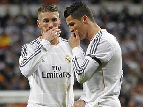 Cầu thủ Real yêu cầu Benitez đá tấn công trước thềm 'Kinh điển'