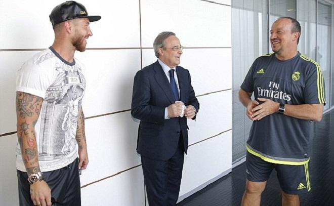 01h30 rạng sáng mai, tương lai của Benitez ở Real sẽ được quyết định