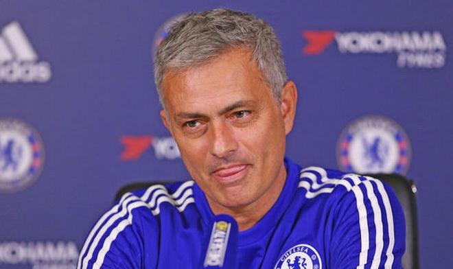 Mourinho: 'Số 10 hoàn hảo của tôi là Sneijder và Deco, không phải Hazard'