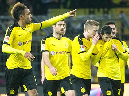Dortmund: Aubameyang vẫn là 'siêu anh hùng