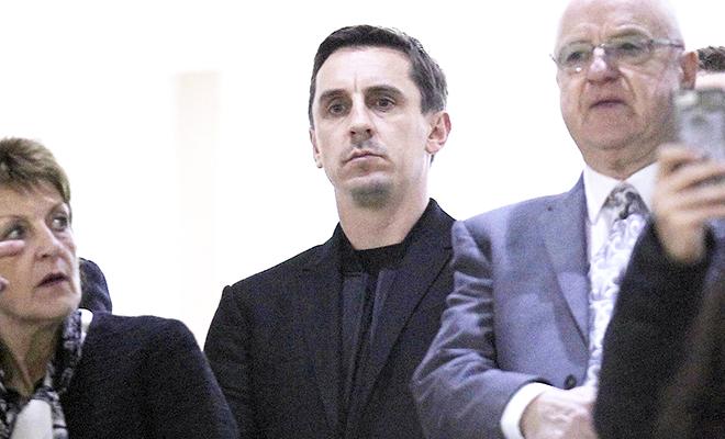Gary Neville đã thấy niềm tin từ Valencia