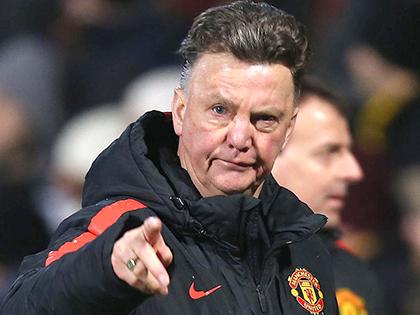 Chịu đựng Van Gaal là lỗi của Man United