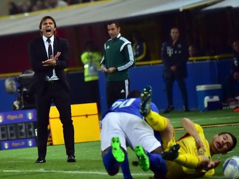 Nếu sa thải Jose Mourinho, Chelsea có thể chọn Antonio Conte