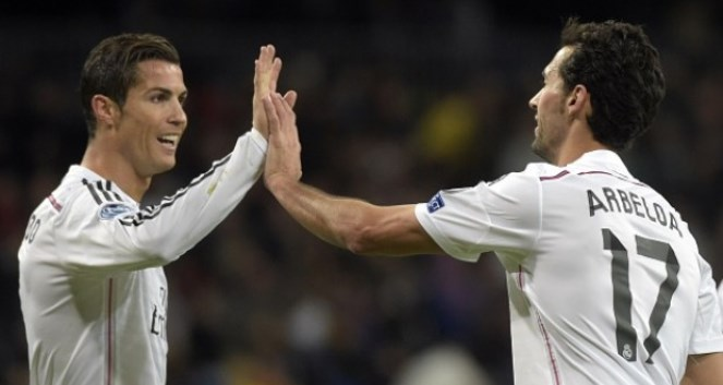 Arbeloa: 'Pique như một gã hề'. Ronaldo: 'Nói về cậu ta phí thời gian'