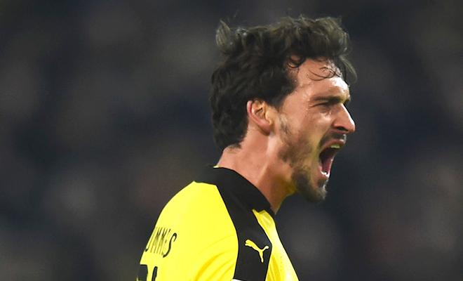 Dortmund đại thắng Frankfurt 4-1: Ơn giời, Hummels đã trở lại!