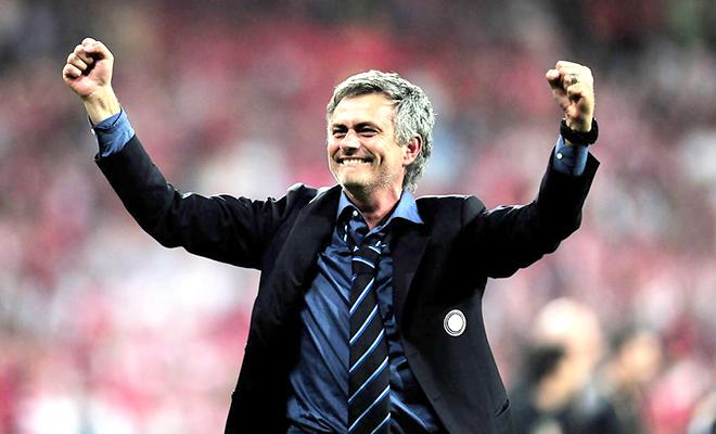 BẢN TIN SÁNG 13/10: Mourinho nằm khóc trong xe buýt