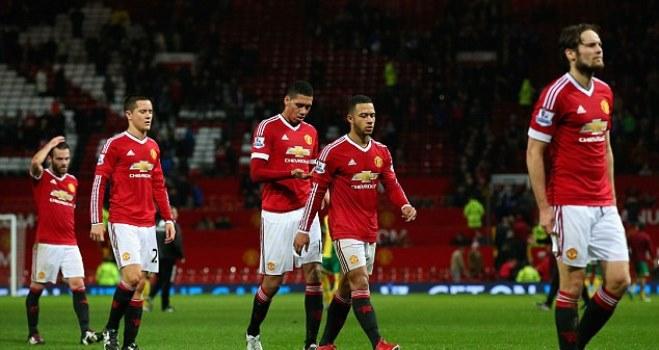 Man United khủng hoảng: Vì Rooney quá già hay Van Gaal quá bảo thủ?
