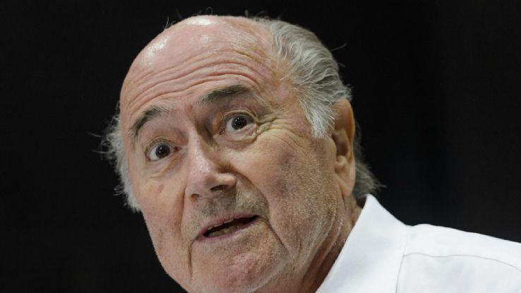 Hôm nay, FIFA sẽ tuyên cấm Blatter và Platini hoạt động bóng đá trong 7 năm
