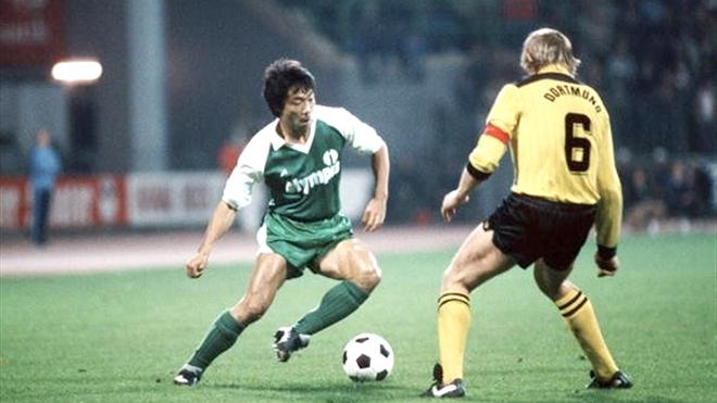 Từ Okudera tới Kagawa: 40 năm giấc mơ bóng đá Nhật