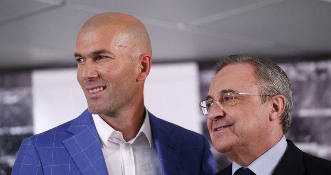 TBT tờ Sport: 'Vấn đề không phải là Benitez mà là Perez'