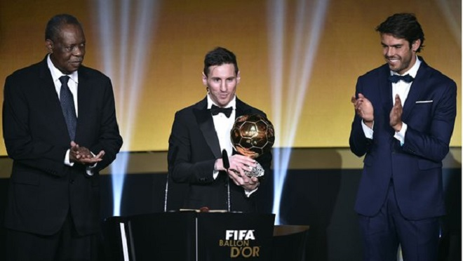 Messi lần thứ 5 giành Quả bóng Vàng. Luis Enrique là HLV xuất sắc nhất năm