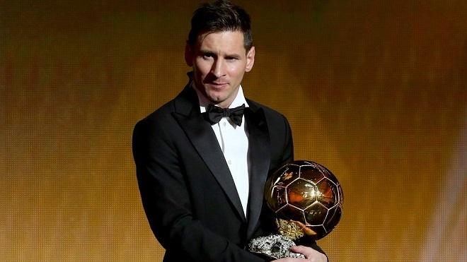Lionel Messi lần thứ 5 giành Quả bóng Vàng: Cả thế giới nằm trong 'bàn tay nhỏ'