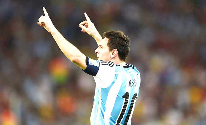 Nhìn từ Quả bóng Vàng 2015: Đừng lo, World Cup không thể ám ảnh Messi!