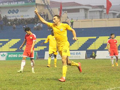Ivan Firer, 'hàng hiệu' từ Europa League phải thử việc ở V-League