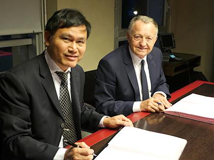 VFF chưa gia hạn hợp đồng với HLV Miura là một dấu hiệu!