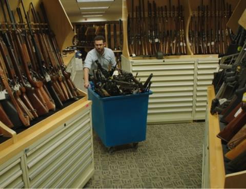 LHP Sundance 'nã đại bác' vào nạn bạo lực súng đạn ở Mỹ
