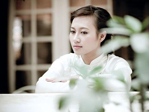 Lắng đọng đón Tết cùng họa mi Khánh Linh