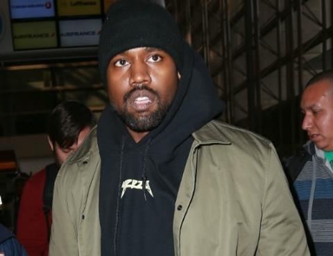 Thừa nhận là 'chúa chổm', Kanye West xin ông chủ Facebook rót cho... 1 tỷ USD