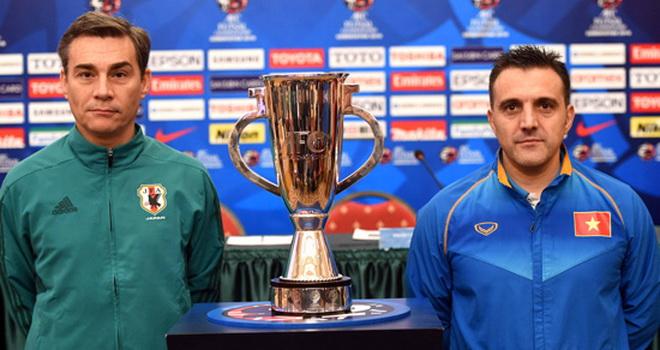 Beckham & Ronaldinho được mời đến Việt Nam, HLV Hữu Thắng được giao chỉ tiêu chung kết
