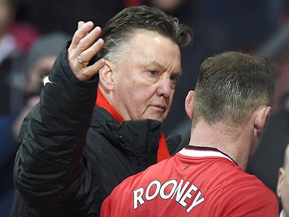 Hàng công Man United: Rooney chấn thương, Van Gaal ra đường?