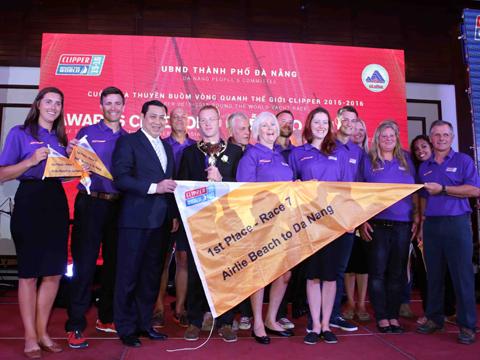 Cuộc đua Thuyền buồm Clipper 2015 – 2016: Trao giải chặng Đà Nẵng – Khám phá mới của Châu Á