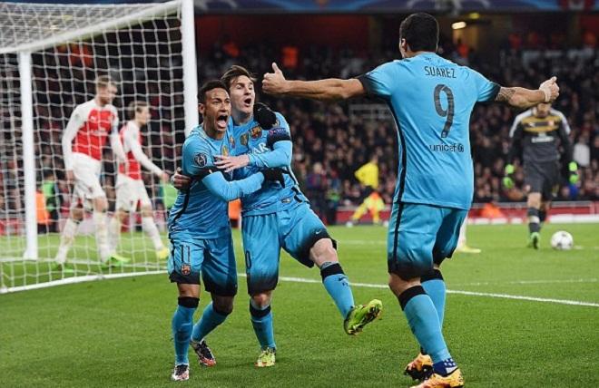 Sau đúng 10h và 11 phút, Messi mới chọc thủng lưới Petr Cech