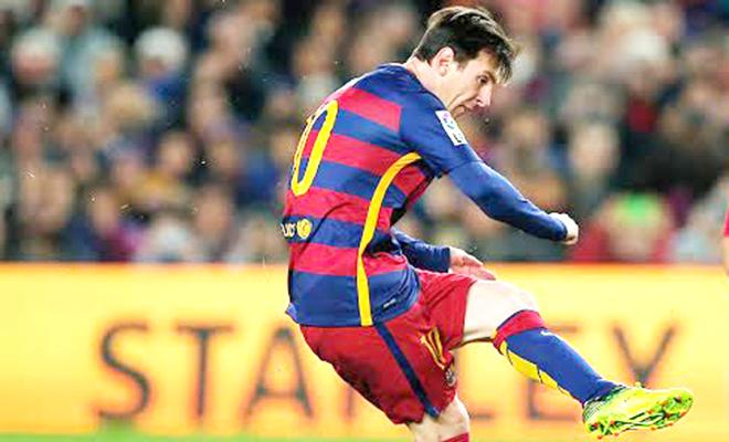 Luận bàn tài đá phạt của Messi
