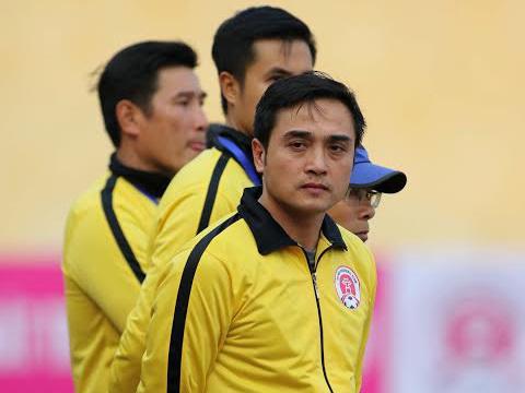 HLV, cầu thủ CLB Hà Nội hoang mang trước thông tin chuyển 'hộ khẩu'