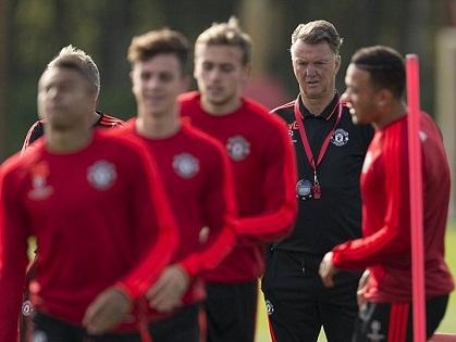 Man United ra yêu sách với UEFA trước trận gặp Liverpool