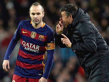 Luis Enrique đang 'nuông chiều' Iniesta đúng cách