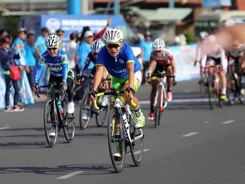 Giải xe đạp nữ quốc tế tranh Cúp Biwase Bình Dương: Nguyễn Thị Thật củng cố Áo xanh