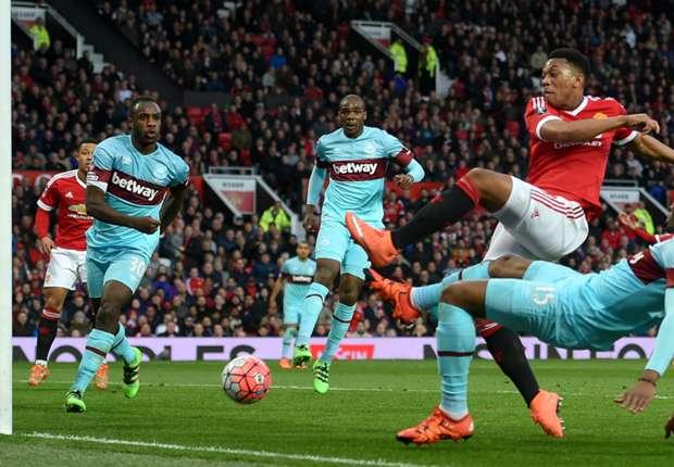 Chủ tịch West Ham tố Martial ghi bàn không hợp lệ cho Man United