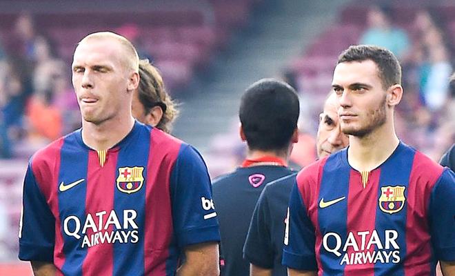 Barcelona: Ai sẽ thay thế Gerard Pique?