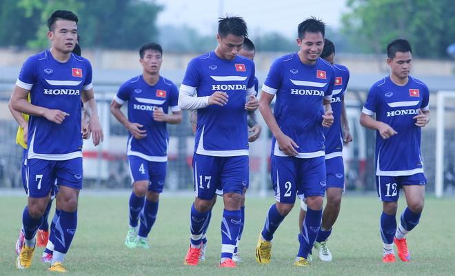 KẾT THÚC: Đội tuyển Việt Nam - Hà Nội T&T: 1 cơ hội, 0 bàn thắng