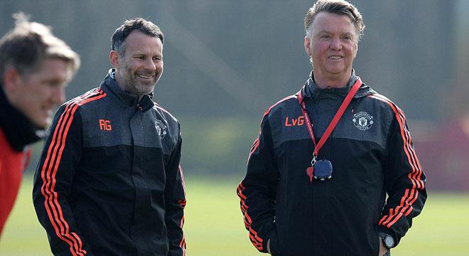 Van Gaal: 'Man United nợ CĐV một trận cầu đẹp'