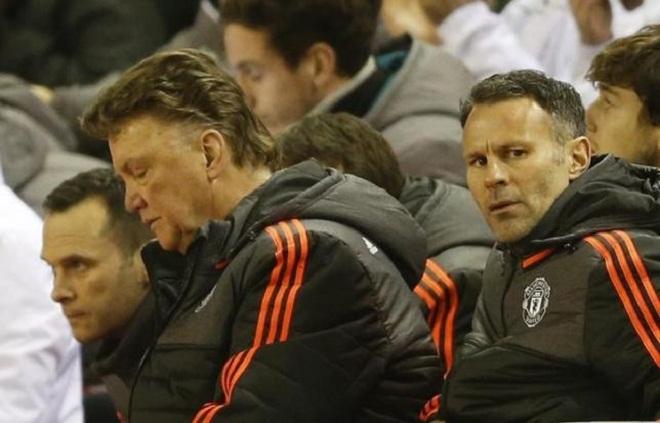 Giggs đau lòng khi Man United không còn ở Champions League