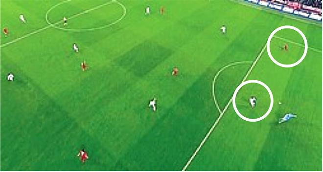 TRANH CÃI: Bayern đã được trọng tài thiên vị?